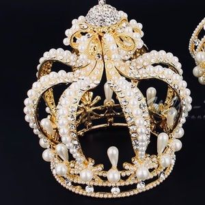 Jewelry - Baroque Style Crown 👸🏾👸🏻👸🏼👸🏽👸👸🏿
